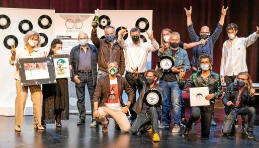 Foto de familia de todos los premiados en las dos categorías, ayer, en el Centro Cultural de Jesús.