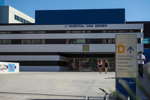Entrada del hospital Can Misses.
