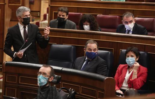El ministro del Interior, Fernando Grande-Marlaska, en un Pleno del Congreso.