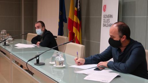 Yllanes y Urresti, durante la rueda de prensa.