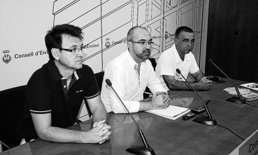 De izquierda a derecha, Marí, Roig y Pavón, en la rueda de prensa de ayer.
