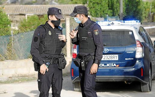 Agentes de la UFAM de la Policía Nacional, al frente de la investigación de los hechos.