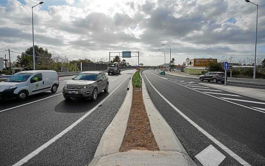 Esta semana se han estado haciendo aperturas de los dos carriles del nuevo tramo de la carretera. Según el Consell, el lunes ya estará todo abierto con normalidad.