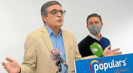 José Vicente Marí y Miguel Jerez durante la valoración de los presupuestos a principios de noviembre.
