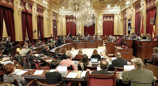 Los diputados de Baleares se quedan el año que viene con el sueldo congelado.