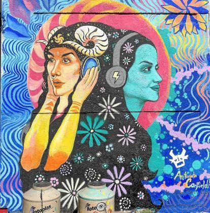 El mural de Ciudad de México terminado.