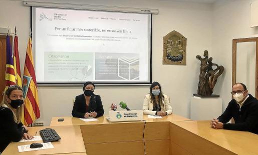Presentación, ayer, en la sede del Consell de Formentera del observatorio de datos.