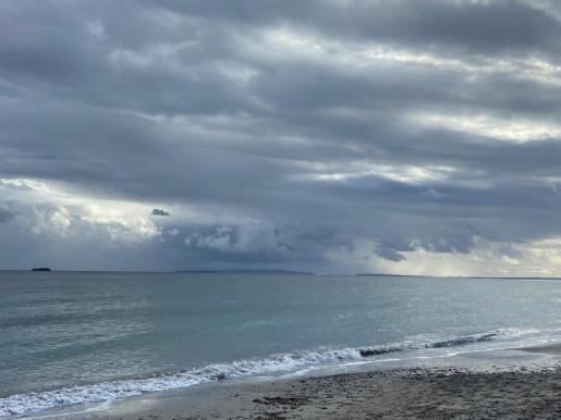 El temporal sobre el mar entre Ibiza y Formentera.