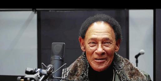 Ricardito, con su característica sonrisa en los estudios de grabación de 'Mi Negra'.