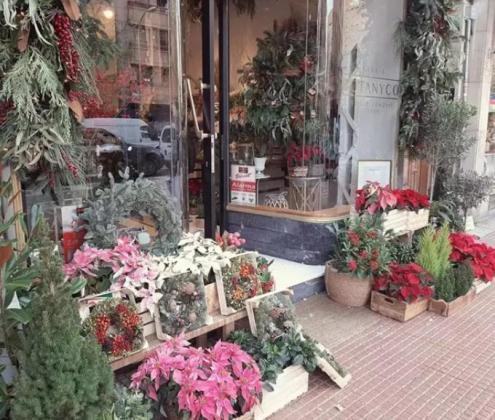 Securitas Direct lanza la campaña 'Juntos protegemos la Navidad' y dona más de 100.000 euros al pequeño comercio.
