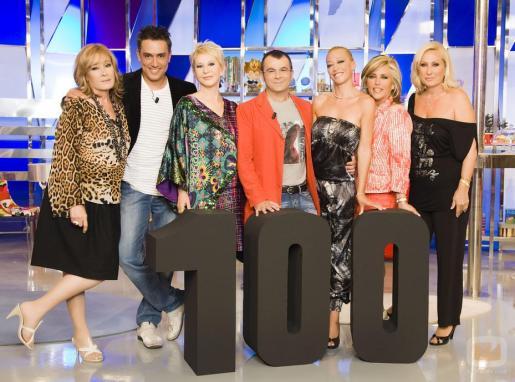 El equipo de presentadores y colaboradores del programa de Telecinco 'Sálvame'.