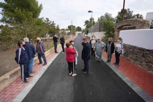 Visita a las obras de la urbanización de la calle Graner de Port des Torrent.