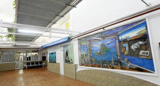 La zona del centro donde hay algunos grafittis y la gran obra de Gianluca Romeo, 'El triunfo de la luz'.