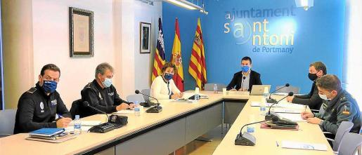 La Junta Local de Seguridad de Sant Antoni se celebró ayer por la mañana en el Ayuntamiento.