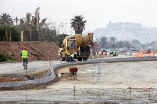 Imagen de archivo de las obras en la carretera de Santa Eulària.