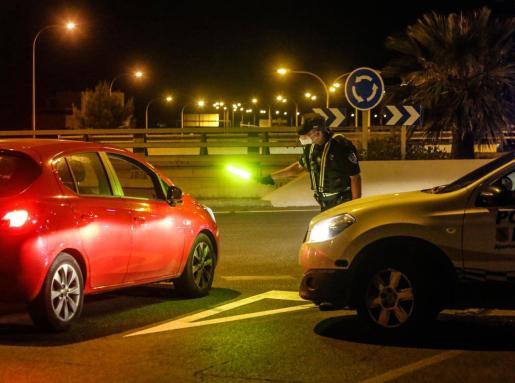Imagen de archivo de un control policial en Sant Josep.