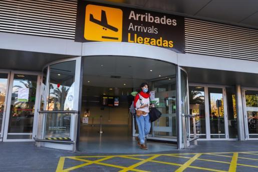 Llegadas del aeropuerto de Ibiza.