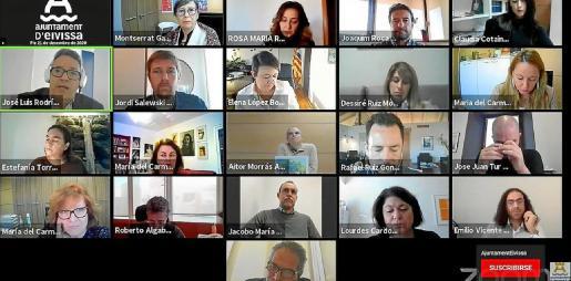 El último Pleno del año en Vila se celebró por vía telemática.