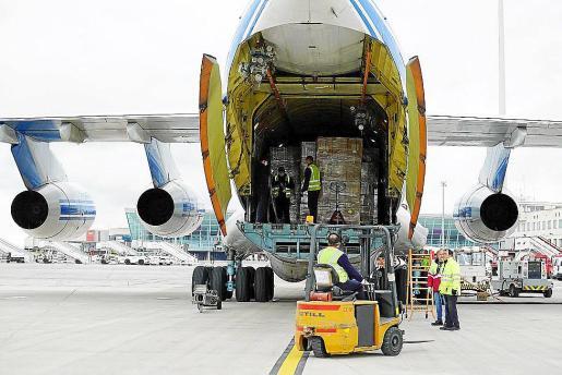 El Govern estimó 300 millones en gastos extraordinarios, como traer material de China.
