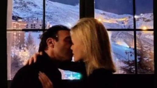 Enrique Ponce y Ana Soria pasan juntos la Nochevieja.