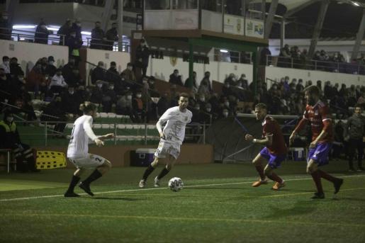 Un momento del encuentro entre la Peña Deportiva y el Tarazona correspondiente a la primera eliminatoria de la Copa del Rey.