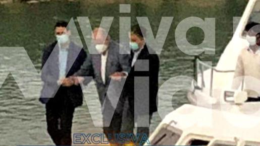 Desde el 9 de agosto no vemos a Don Juan Carlos y fue gracias a una foto que mostraba al rey emérito bajándose de un jet privado cuando aterrizaba...