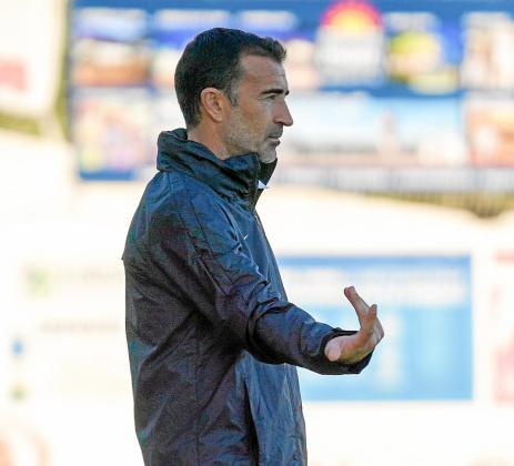 Juan Carlos Carcedo, durante el partido liguero contra la Peña Deportiva.