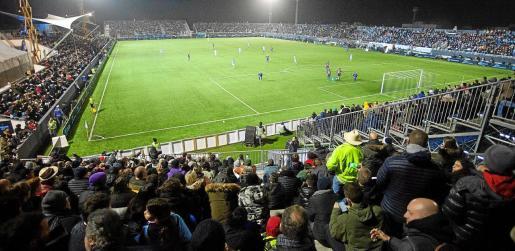 Una vista general del estadio de Can Misses durante la disputa del UD Ibiza-FC Barcelona en enero del año pasado.