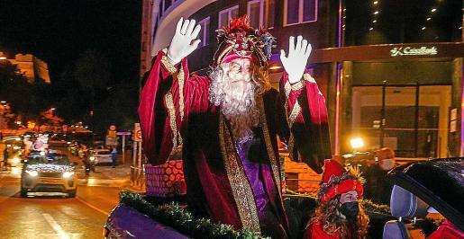 Pasacalles de los Reyes Magos en Vila.