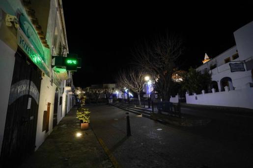 Tras la gélida noche de Reyes ayer se registraron 0,5 grados en Sant Joan.