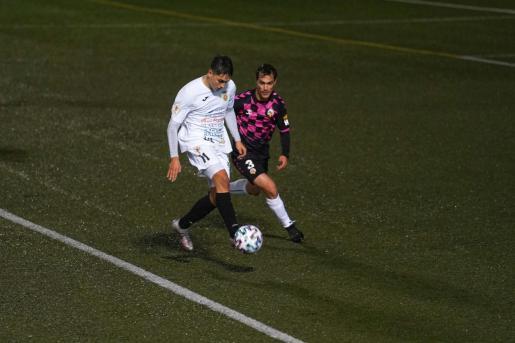 Una acción del partido entre la Peña y el Sabadell de Copa del Rey.