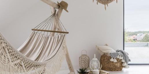 Hamacas colgantes: calidez y relax también en el interior de tu hogar.