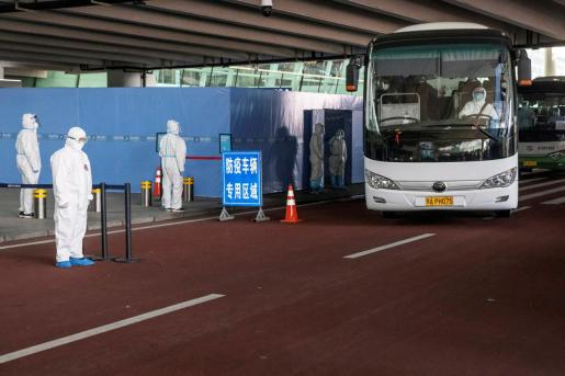Miembros de las OMS llegan a Wuhan para investigar el origen del coronavirus.