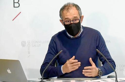 Javier Arranz durante la rueda de prensa de ayer.