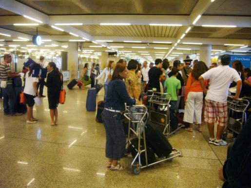 Los hechos tuvieron lugar en el aeropuerto de Son Sant Joan en marzo de 2019.