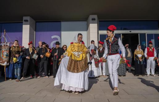 Ball pagès en el Ayuntamiento de Sant Antoni.