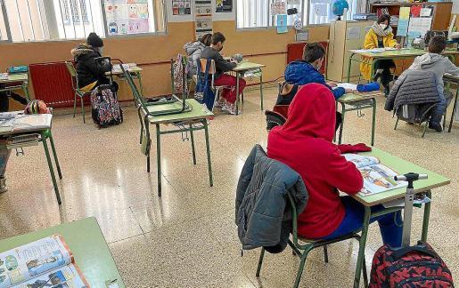 El aula de un colegio de Baleares esta semana.