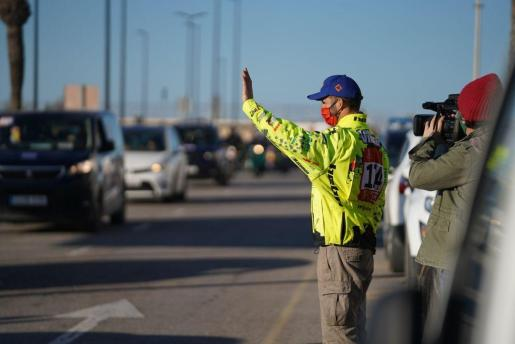 Los aficionados han recibido a Toni Vingut tras su brillante papel en el Rally Paris-Dakar.