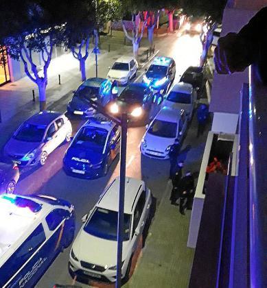 La Policía Nacional acudió tras ser alertada por el dueño de un coche.