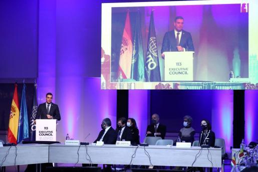Pedro Sánchez durante su intervención este martes en Madrid ante la Organización Mundial del Turismo.