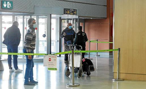 En el primer día no se registraron incidencias destacables en el aeropuerto.