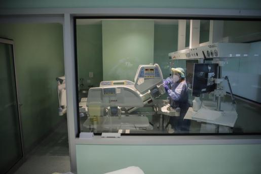 palma limpieza uci son llatzer - coronavirus foto miquel a cañellas