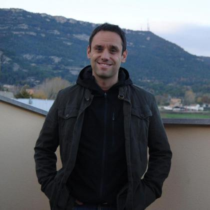 Jordi Bernabeu, Psicólogo especializado en adolescentes y jóvenes.