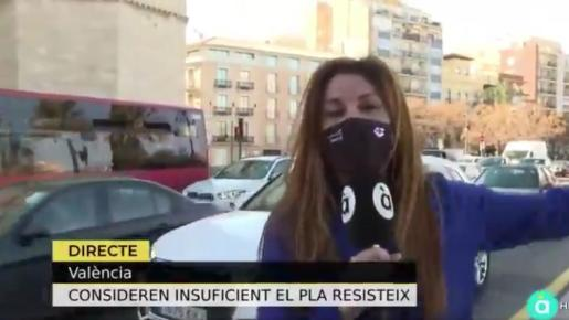 «Los agresores no tenían nada que ver con la restauración. Ellos ejercían su derecho a manifestarse», justificó la periodista.
