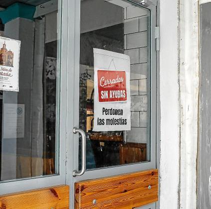 Establecimientos de hostelería cerrados en Ibiza.