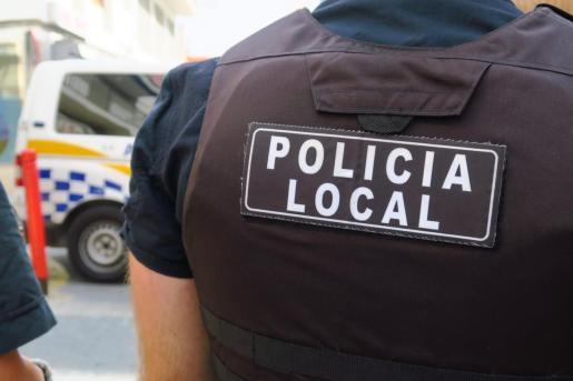 Policía Local de Sant Antoni.