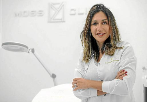 La doctora Moshgan Mahrami gestiona con gran éxito la clínica Moss Clínic en el centro de la ciudad de Ibiza desde 2019.