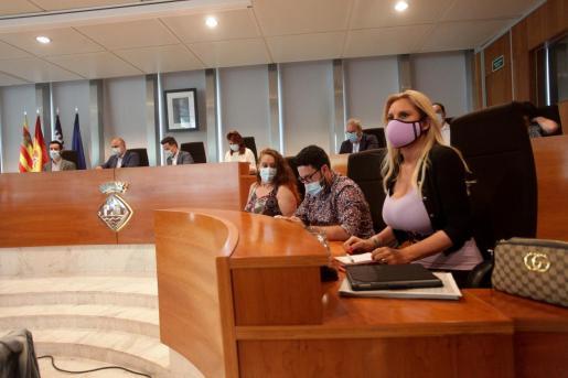 Marta Díaz, durante un pleno del Consell de Ibiza.
