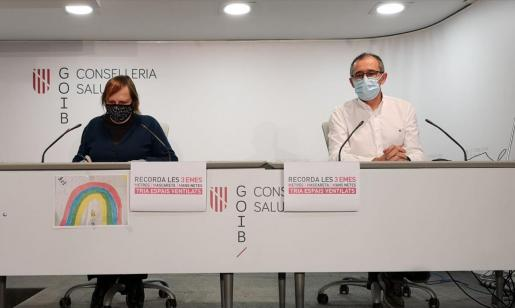 Eugenia Carandell y Javier Arranz, ayer, en comparecencia de prensa.