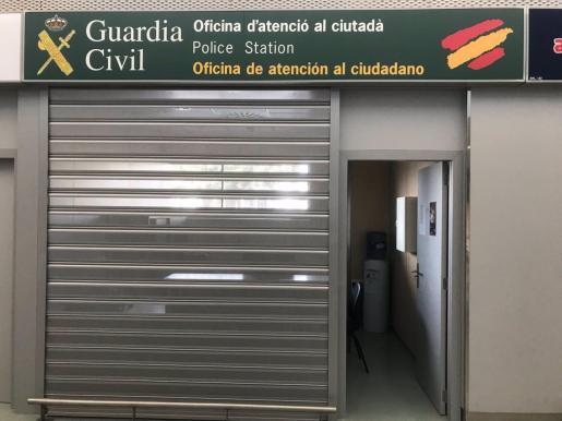Oficina de la Guardia Civil en el Aeropuerto de Ibiza.